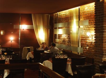 restaurant-ambasador-first.jpg